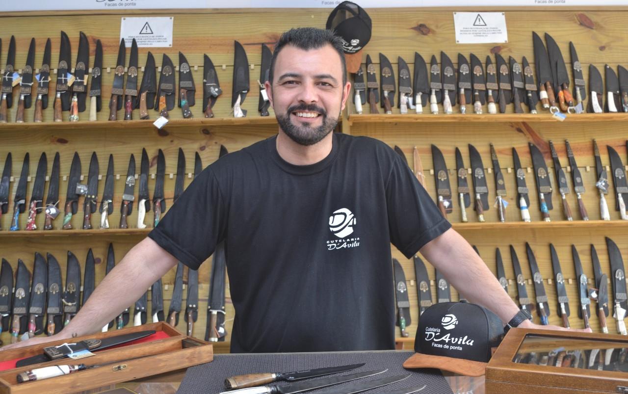 Carlos Rafael Amorim tem orgulho em vestir a camisa da Cutelaria D'avila
