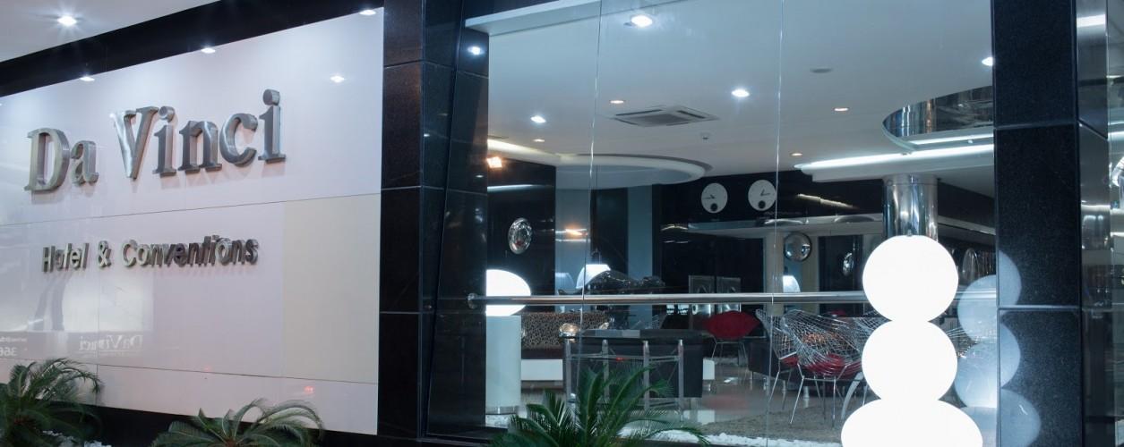 Hotel Da Vinci e Fish TV fecham parceria para hospedagem em Manaus