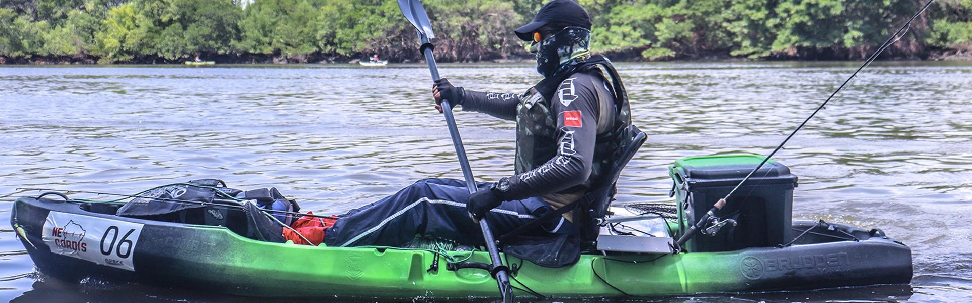 Pesca de caiaque vem ganhando adeptos com o Remos e Rumos