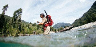 Sebastian Sánchez fly fishing