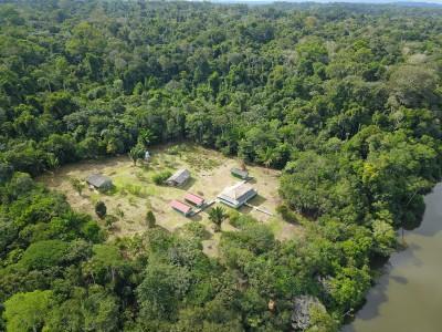 Visão aérea da Pousada Bararati Amazonas