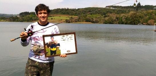 Brasileiro bate recorde mundial da traíra