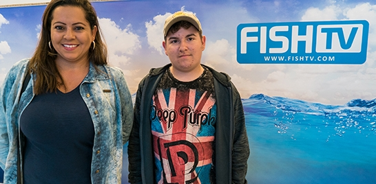 FISH TV RECEBE VISITA DE FÃS DO CANAL