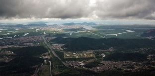 Vazamento de dióxido de enxofre em fábrica provoca chuva ácida em Cubatão