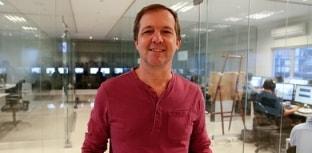 Rogério Dallemole, da NEO TV, conhece instalações da Fish TV
