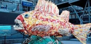 Esculturas feitas de lixo: arte para salvar o mar