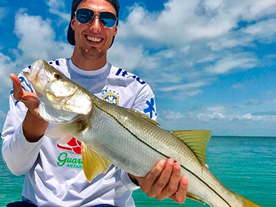 Conheça nomes do futebol que praticam a pesca esportiva
