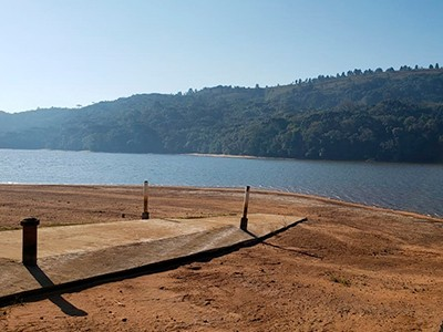 Mutirão para limpeza de represa ocorre em Ponta Grossa, no Paraná