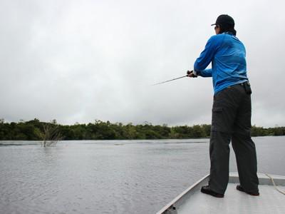 Confira dicas de exercícios e alongamentos para você não se machucar na pescaria