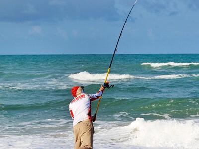 Pesca de beira de praia: uma modalidade que vem se tornando cada vez mais esportiva